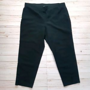 VINCE CAMUTO Black Straight Leg Cropped Pants